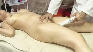 mature massage japanese ass