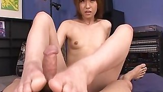 prostitut milf mature jerking japanese foot-fetish feet big-cock blowjob